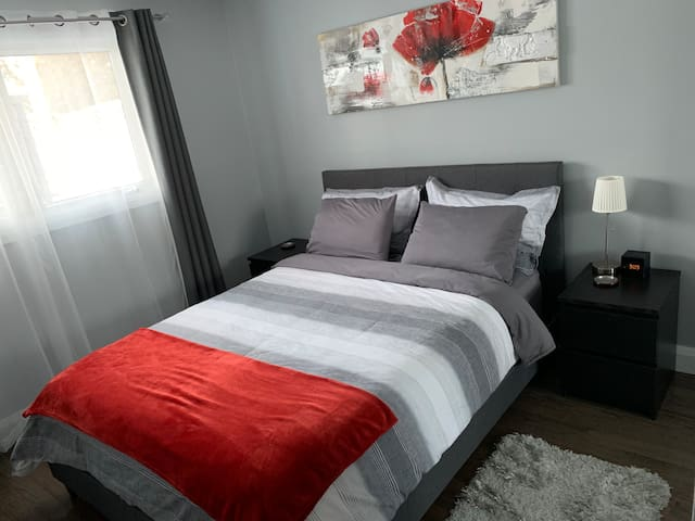 1 bedroom fully serviced apartment / suite