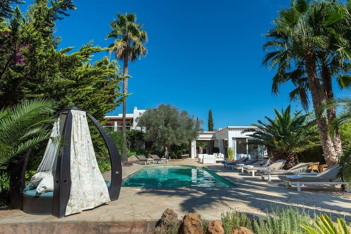 Villa Carmen Morna