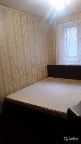 Сдам комнату около ЦЕНТРАЛЬНОГО СТАДИОНА.