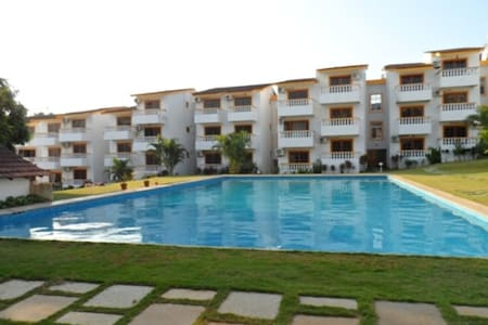 Candolim Beach Holiday Apartment with 2 ACs