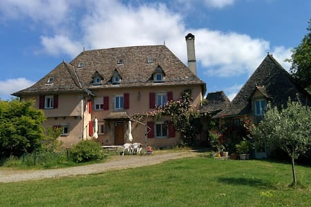 Guest House Le cayla - Leynhac - Bed & Breakfast