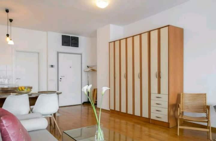 Danube Pearl Apartment