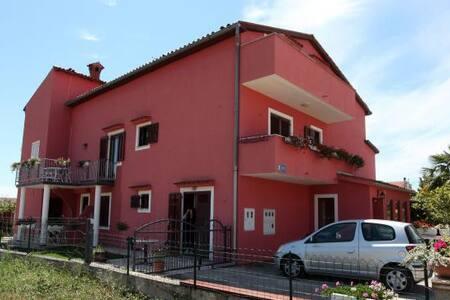 Apartments in Poreč in the beautifu - Vrvari - Huoneisto