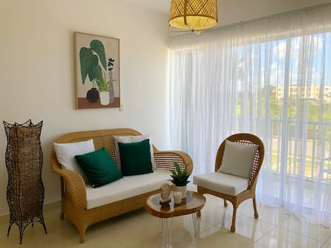Beautiful apartment in thecity 25min from thebeach