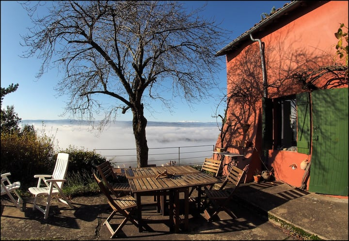 Gîte Kermilo,panorama sur les volcans d'Auvergne
