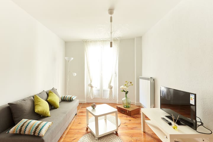 Super flat right in the ctr, nxt to Estafeta, R9 - Pamplona - Apartment