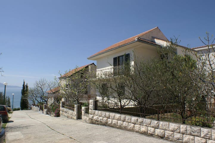Three bedroom apartment with terrace and sea view Podaca, Makarska (A-2590-a) - Podaca - Leilighet
