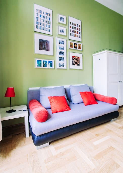 Confortable fold-out sofa for 2 persons