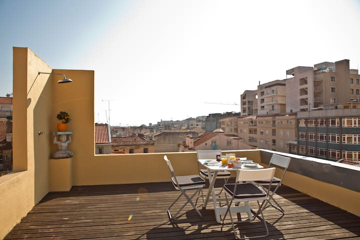 Central Apartment & 360º Terrace - Lisboa - Lejlighed