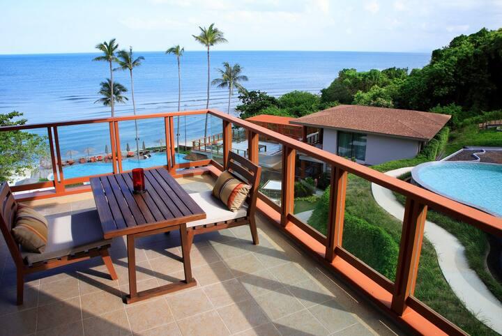 Luxury Sea View Apartment (213)