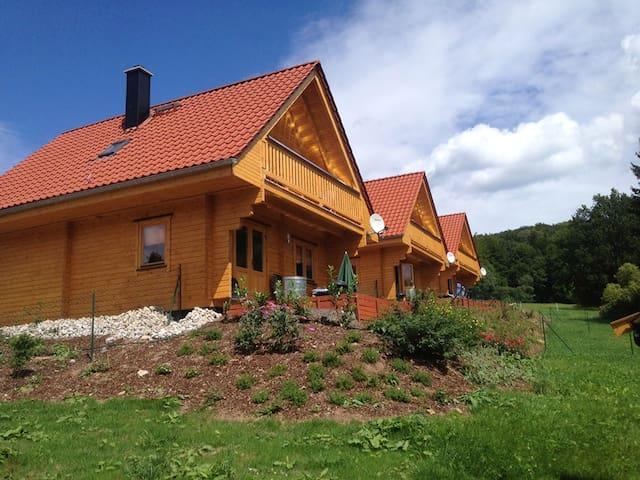 Gemütliches Blockhaus mit Garten (I) - Bad Sachsa - House