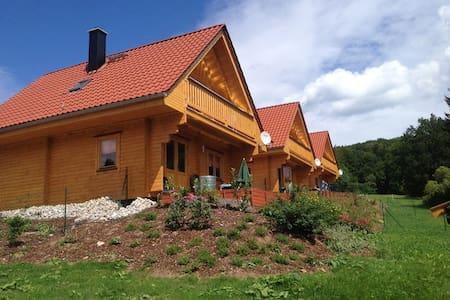 Gemütliches Blockhaus mit Garten (I) - Bad Sachsa