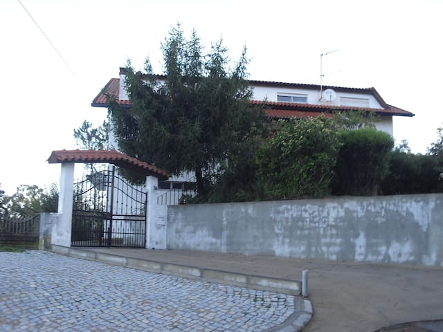 Big room for couple - Coimbra - Bed & Breakfast