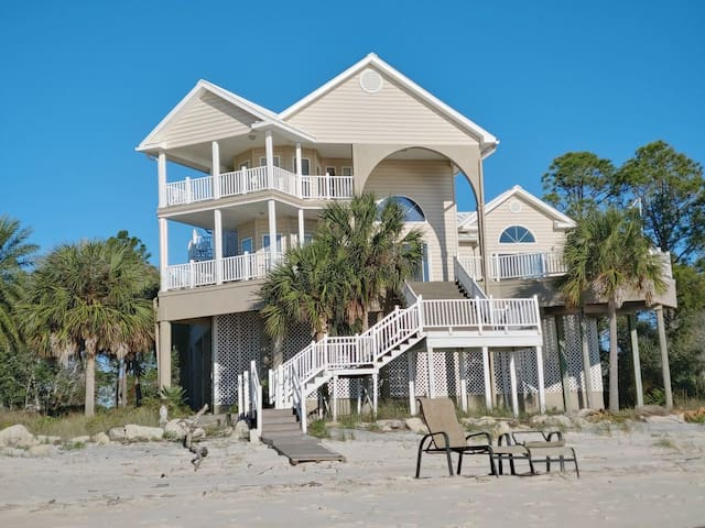 Beach front property with amazing views