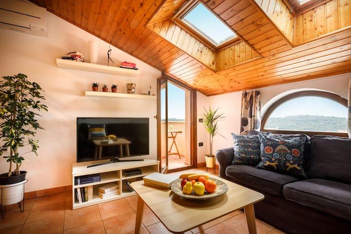 Veruda Porat Loft with Balcony