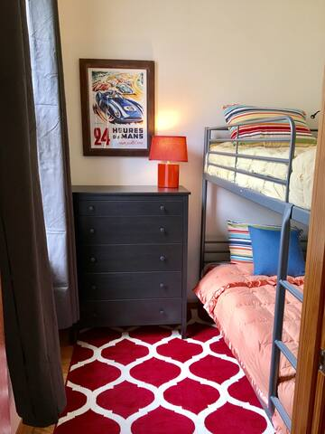 Bunk Bed Room; Private Rm in 2BR/1-bath apt