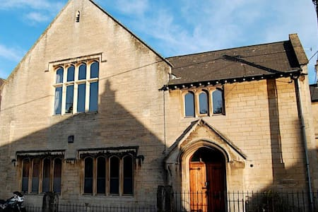 Ebenezer Chapel, Box, WIltshire (1) - Box - Dům