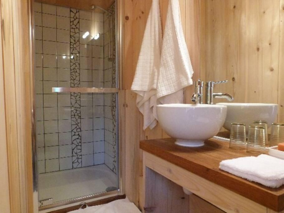 salle de bain, WC indépendants