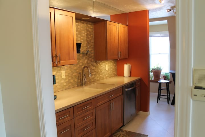 2 bed Luxury condo in St. Ignace - St. Ignace - Byt