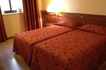 Hotel Augustus Ottaviano - Ottaviano - Inap sarapan