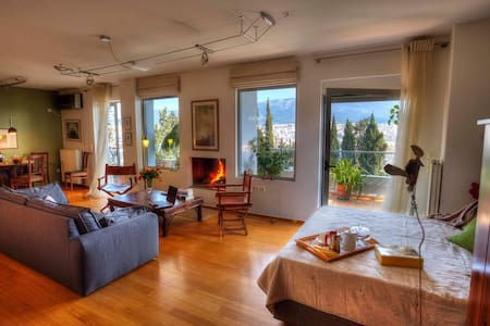Design Loft with splendid View - Athens - Apartment
