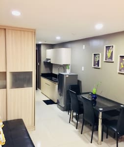 Condo beside Session Road, H/C shower and WiFi