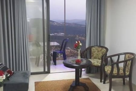 The spacious and pleasant village near the clouds - Ein al-Asad - Appartement