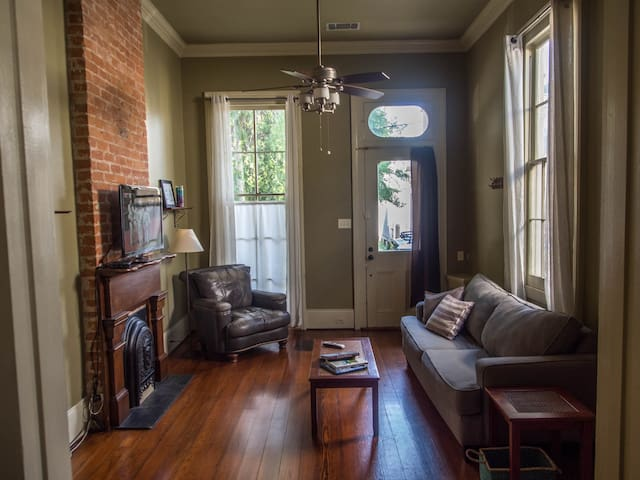 Living Room- Includes a queen pullout couch