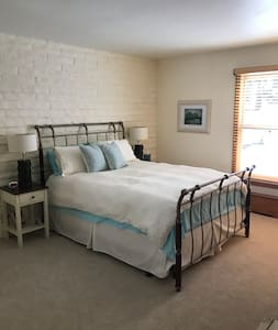 Comfy bedroom, private entrance, EagleVail - Avon - Appartement