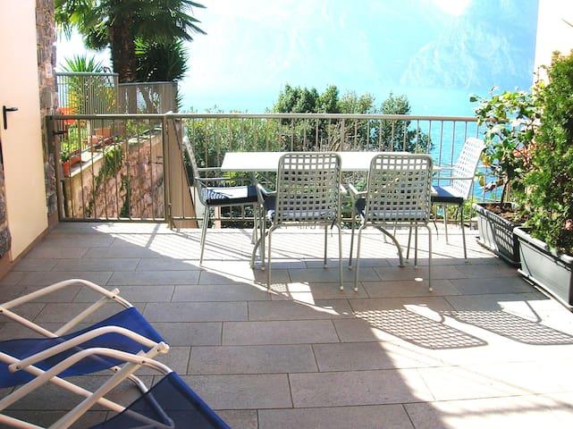 Torbole,appartamento 80 mq in Villa bifamiliare - Nago-torbole - Apartment