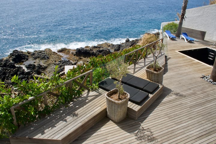 Santa Cruz Ocean Villa - sea access