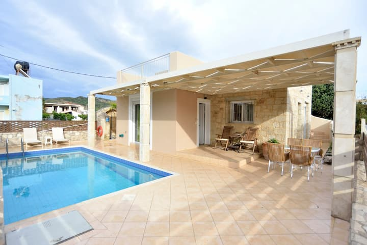 Nopigia Mare Beachfront Villa, Kissamos Chania