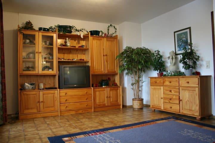 Schöne Ferienwohnung für 6 Personen - Bad Sachsa - Lägenhet