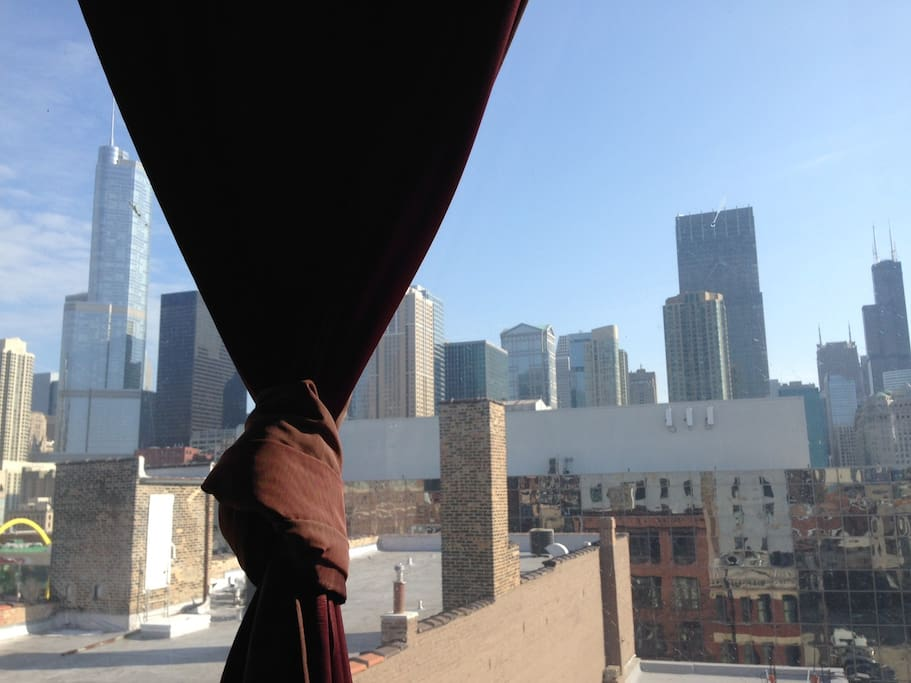 daytime view from inside (Trump and Sears Tower, etc)