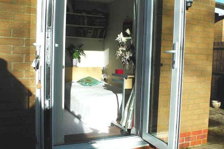 Single homely Oxford bedroom+Continental Breakfast - Oxford