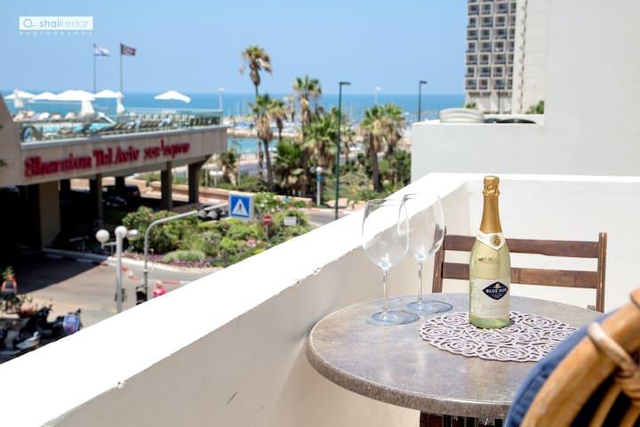 Beach Apartment on Hayarkon street! - Tel Aviv - Leilighet