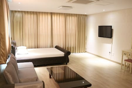Yilin Pension OneBedroom Apartment 2 - Pis