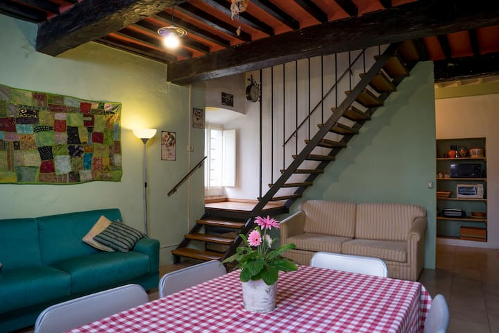 "BnB_STUDIO REGISTRAZIONE ""CASAOHM"" - Cortona - Bed & Breakfast"