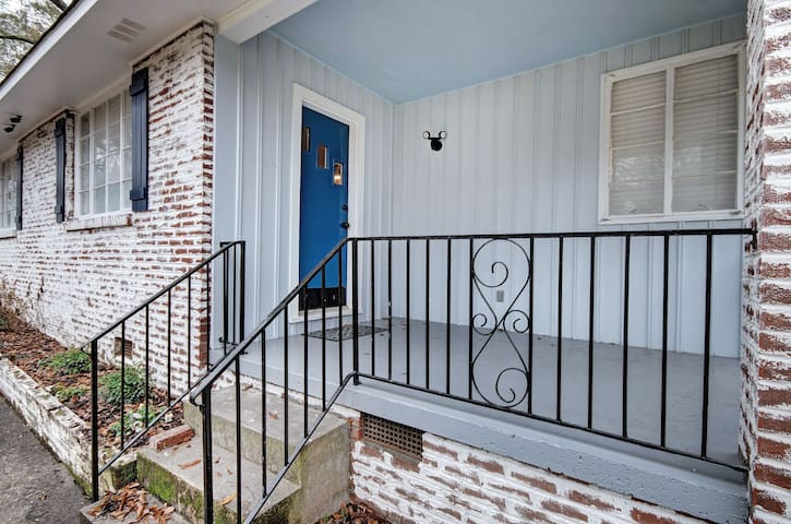 Hip Fondren Flat - Unit 2