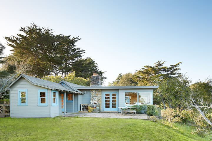 A Magnificent Piece of Paradise - Bolinas - House