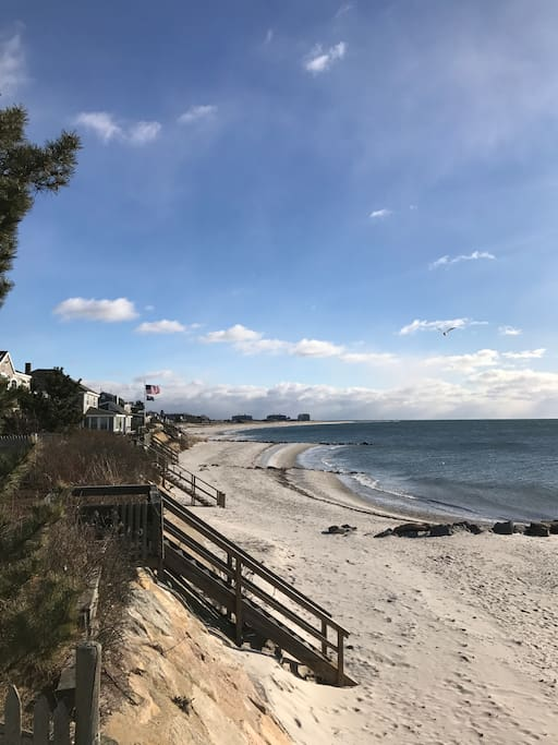 Looking toward the left side of the beach toward Wychmere Harbor