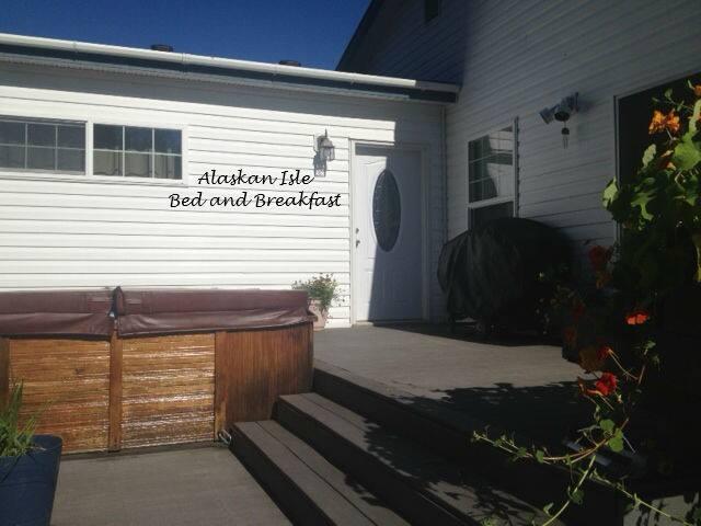 Hotels Airbnb Vacation Als In Kodiak Alaska Usa