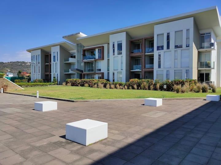 Santa Ana - Modern Apartment - Great Location