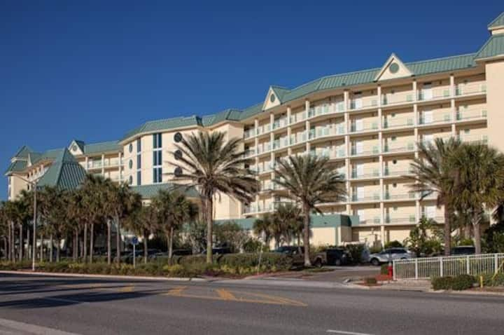 BEACHFRONT TIMESHARE in Ormond *Daytona Bike Week*