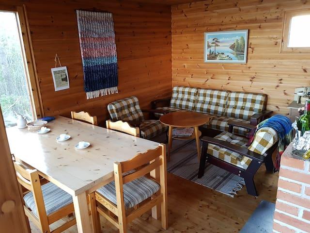 Beach House ensam vid Hinjärv sjön