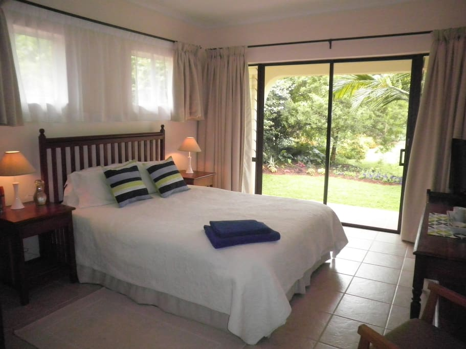 Wendy 39 s bed breakfast bed and breakfasts for rent in for Beds zimbabwe