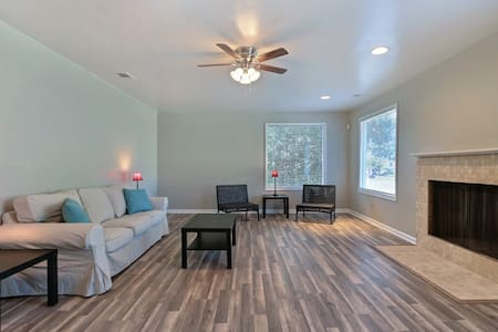 Cozy 1BR/1BA Near Historic District-Free Wifi - Savannah - Lejlighed