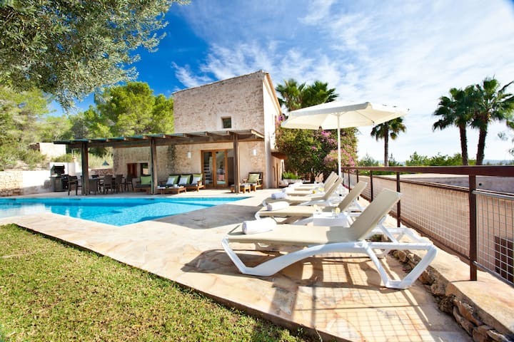 Embedded in Nature and with Pool - Villa Can Rafal