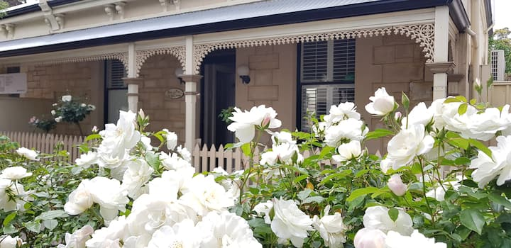 Rose Cottage in the heart of North Adelaide