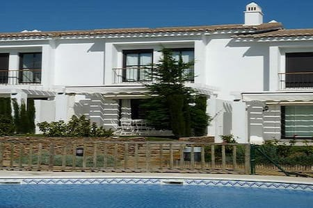 Beautiful house  for 6 near beach and golf - El Rompido - Haus
